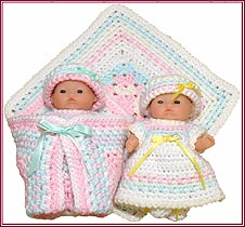Bitsy Betsy and Her Blankie Cozy Sleepy Set for 5-inch baby dolls.