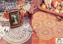 Leisure Arts A Year of Doilies Book 3
