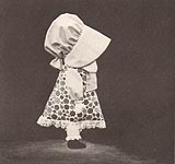Original black and white version of Annie's Attic Sunbonnet Sue Pillow Doll to SEW.